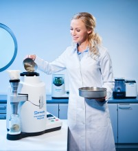 The Retsch Twister cyclone mill for processing foods and feeds for NIR analysis.